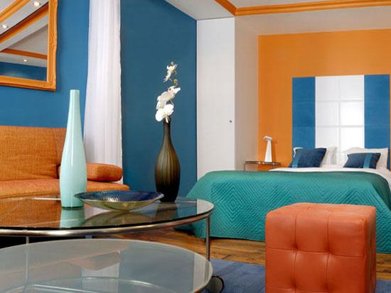 Habitación mas grande y alegre combinando colores